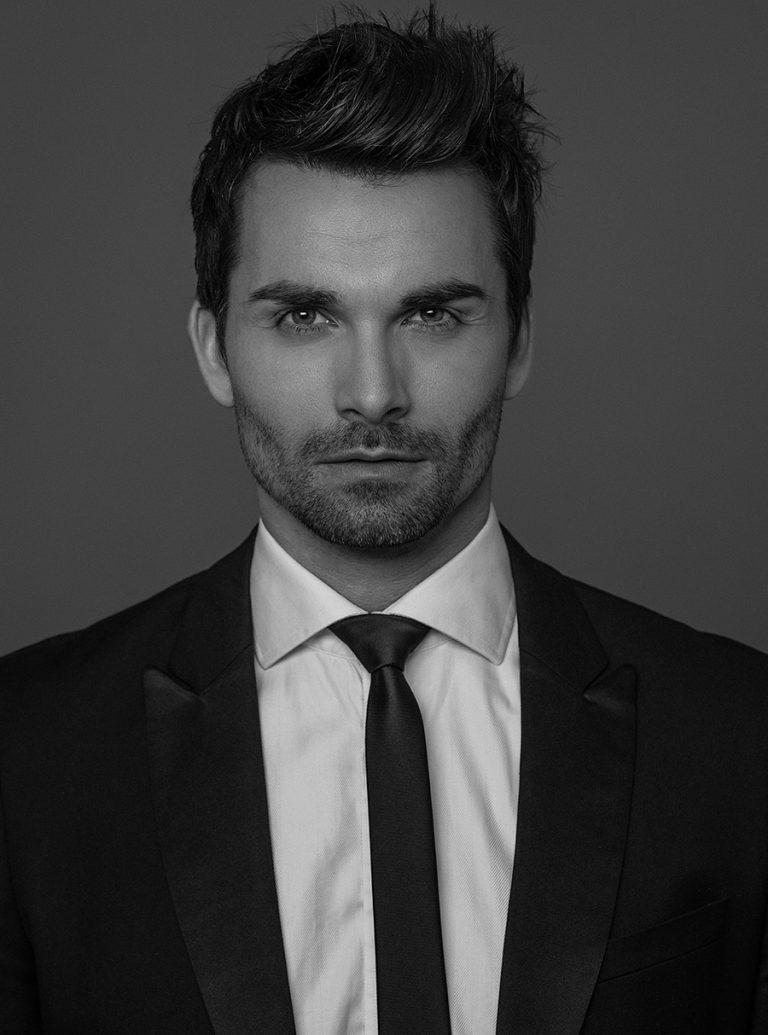 Ralf_Baumgarten_Portrait_Anzug